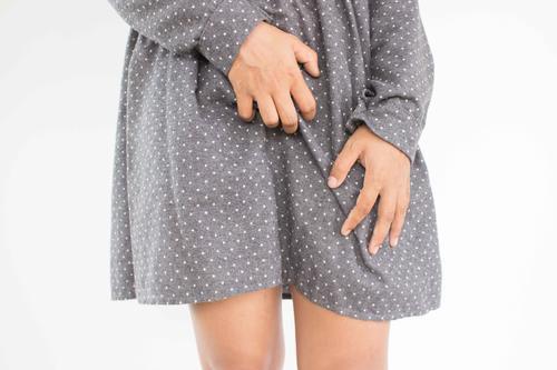 女性产后腰疼,多半逃不开孕妈月子里这些坏习